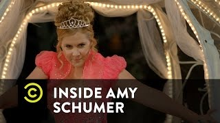 Inside Amy Schumer - Publicity Stunt