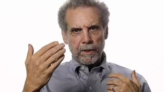 Daniel Goleman Suggests Ways to Boost Emotional Intelligence