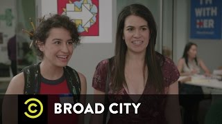 Broad City - Hail to the Kween