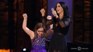Katy Perry, Jodi DiPiazza Sing at Night of Too Many Stars