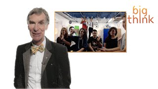 """Hey Bill Nye, What Advice Do You Have for Our Entire 8th Grade Engineering Class?"""