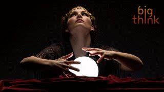 Predicting The Future Primes Your Brain to Learn