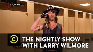 The Nightly Show - 4/4/16 in :60 Seconds
