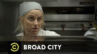 Broad City - John the Waiter Gets Real
