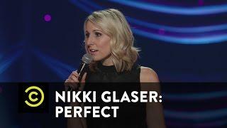 Nikki Glaser: Perfect - Light Choking