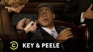 Key & Peele - Obama's Makeup Job - Uncensored