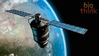 Nicholas Negroponte: Satellites Could Bring Everyone Online
