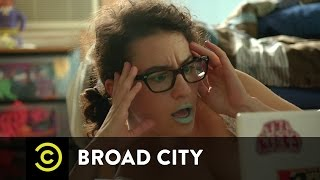 Broad City - Ilana Gets in the Mood