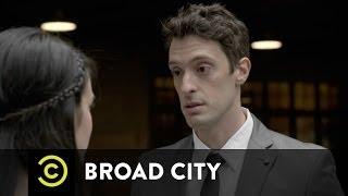 Broad City - Penn Station's Gross