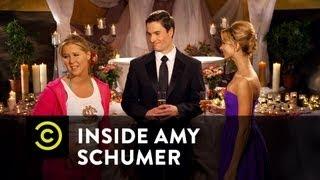 "Inside Amy Schumer - ""Love Tub"""