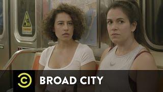 Broad City - New Season, Dude