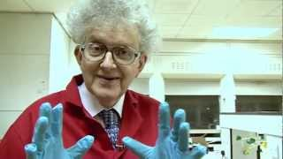 Copper Chloride - Periodic Table of Videos