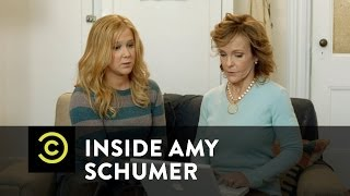 Inside Amy Schumer - Mom Computer Therapy