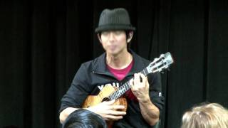 Jake Shimabukuro 2010 | Musicians at Google