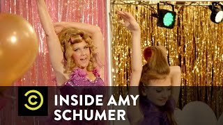 Inside Amy Schumer - Babies & Bustiers