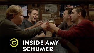 Inside Amy Schumer - Chicks Who Can Hang