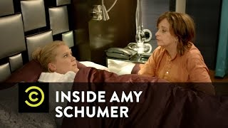 Inside Amy Schumer - Pretentious Hotel