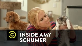 Inside Amy Schumer - Animal Rescue Hotline